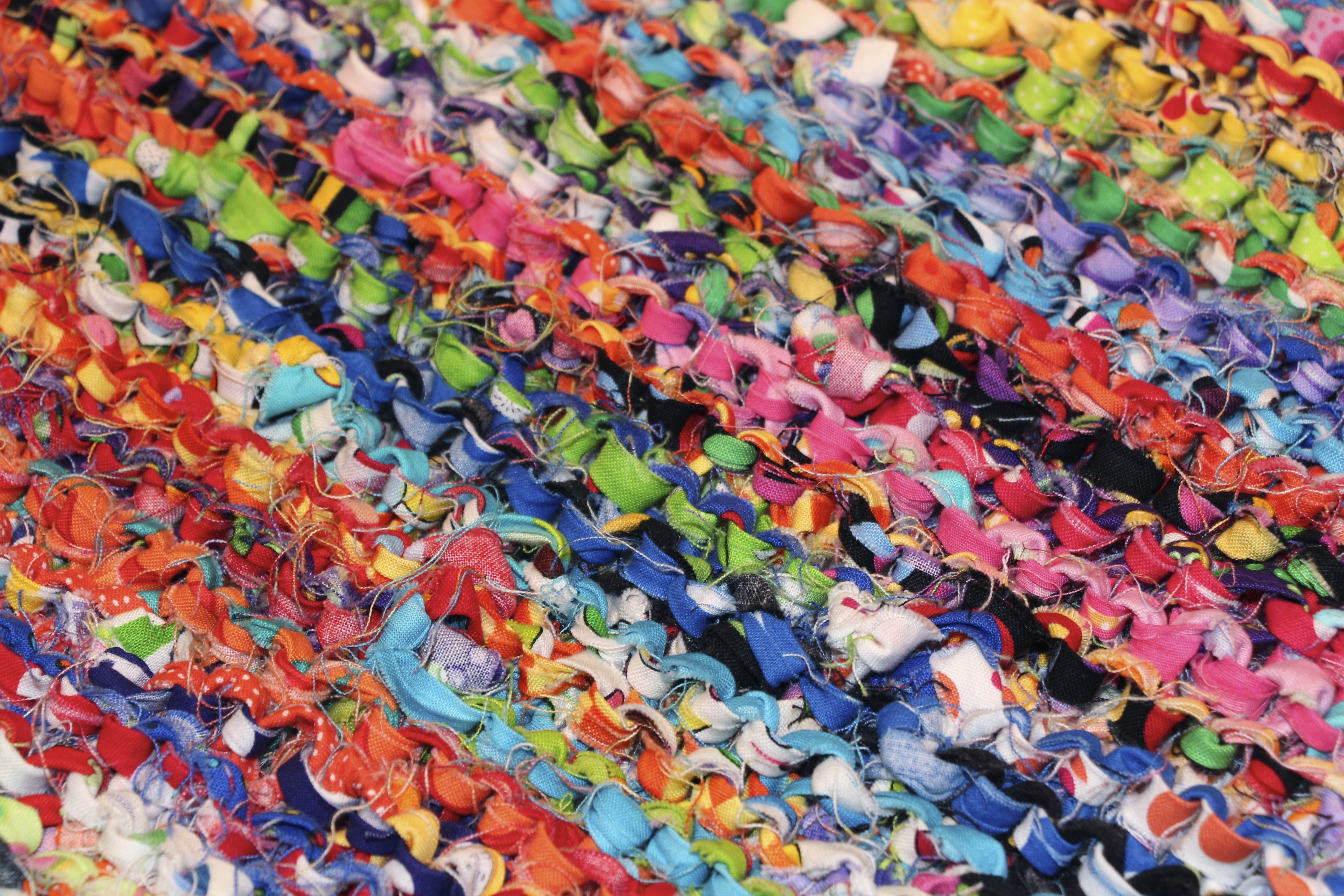 Knitting Fabrics : Knitting with fabric very fun talking lunchbox quilts